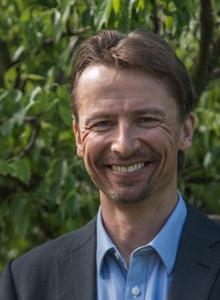 Dr Henri Kuokkanen